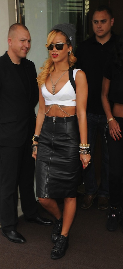 2-Rihannas-The-London-Hotel-Gareth-Pugh-Suspender-Skirt-and-Balenciaga-Arena-High-Trainers